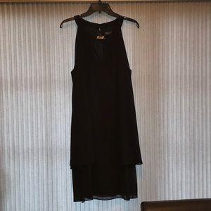 Jessica Howard black sleeveless cocktail dress
